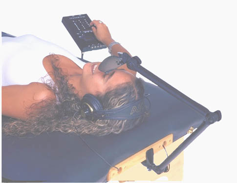 VibraSound Table with Liquid Crystal Fluid Mattress for Sale